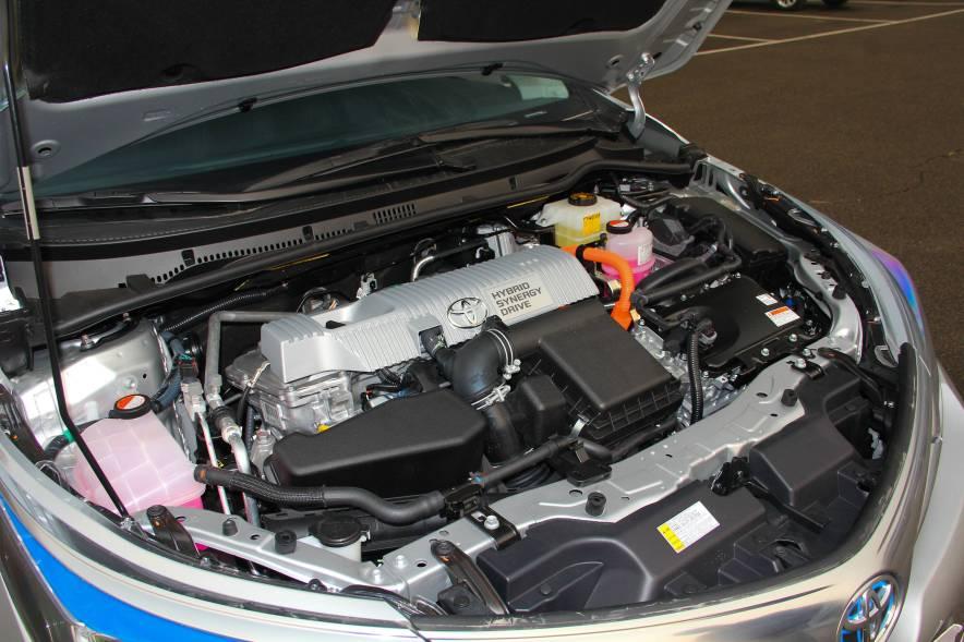 2016款 卡罗拉双擎 旗舰版 实拍 动力底盘