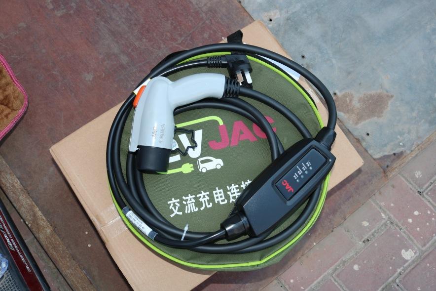 2019款 江淮 iEV7L 豪华智能型 白色