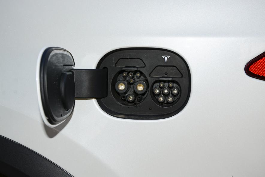 2019款 特斯拉 Model X长续航版 白色