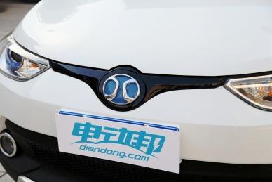 2017款 北汽新能源 EC200 珠光白 实拍 细节