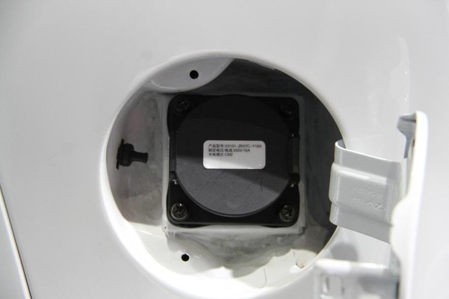 2018款 华泰 路盛 S1 EV160 车展 充电