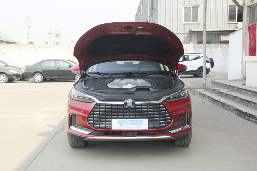 2019 比亚迪 唐 EV600 四驱版 红色