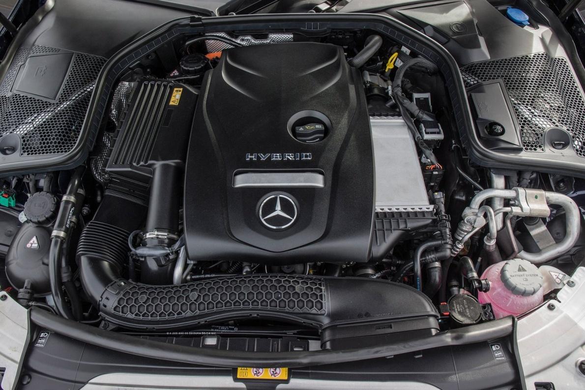 2017款 奔驰 C级(进口) C350e 官图 动力底盘