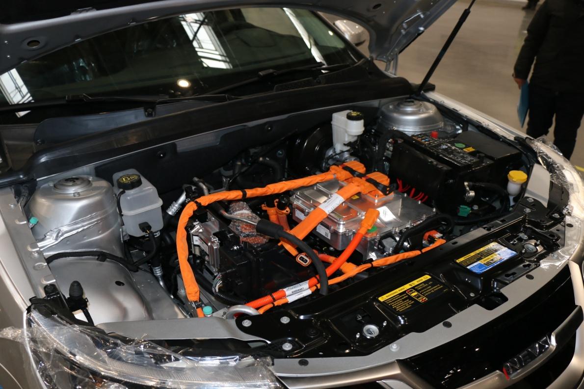 2018款 国能新能源9-3 EV 车展 动力底盘