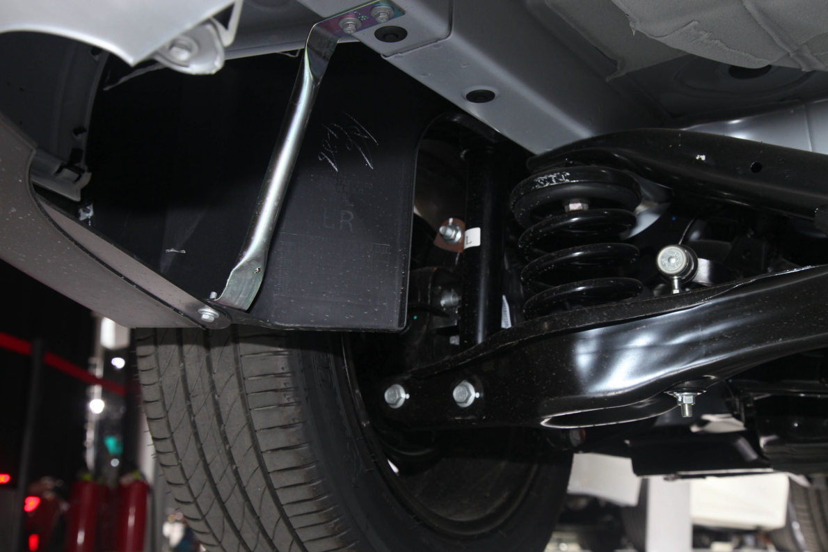 2018款 广汽丰田 ix4 EV 豪华版 车展 动力底盘