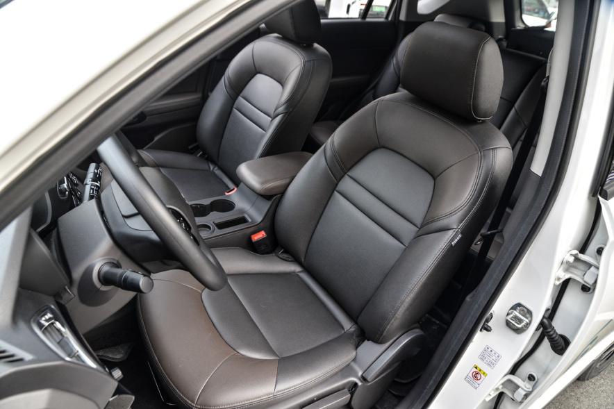 2017款 广汽新能源 GS4 PHEV 智享版 象牙白 实拍 座椅空间