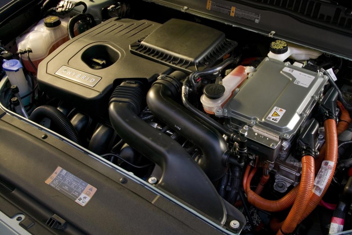 2013款 福特 Fusion Hybrid 官图 动力底盘