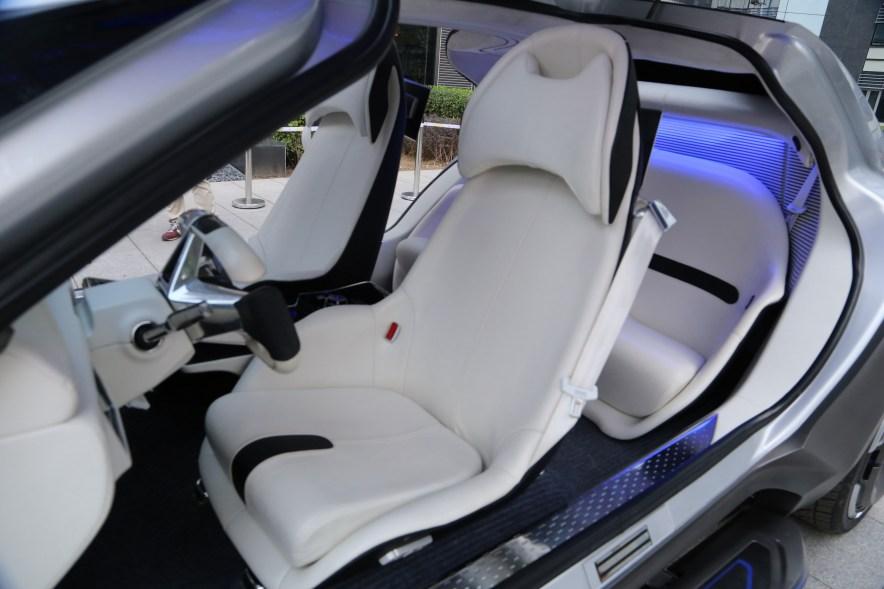 2016款 奇点汽车 Concept 基本型 实拍 座椅空间