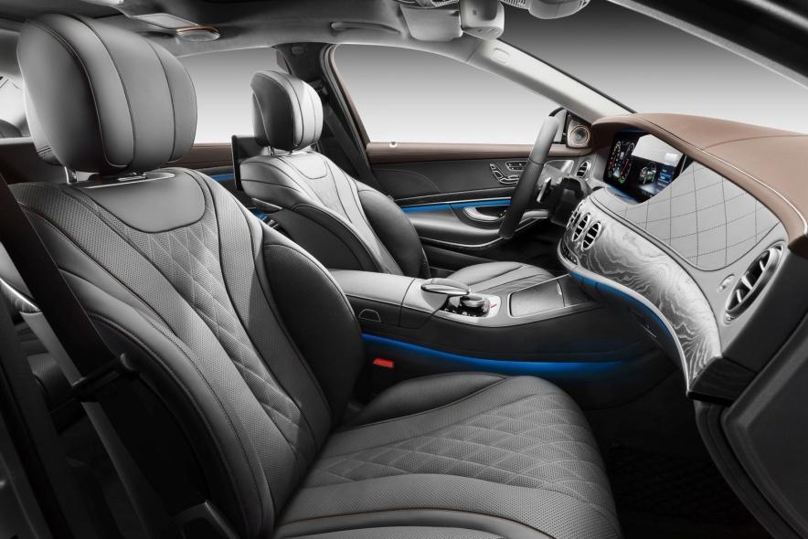 2018款 奔驰 S 560 e 官图 座椅空间
