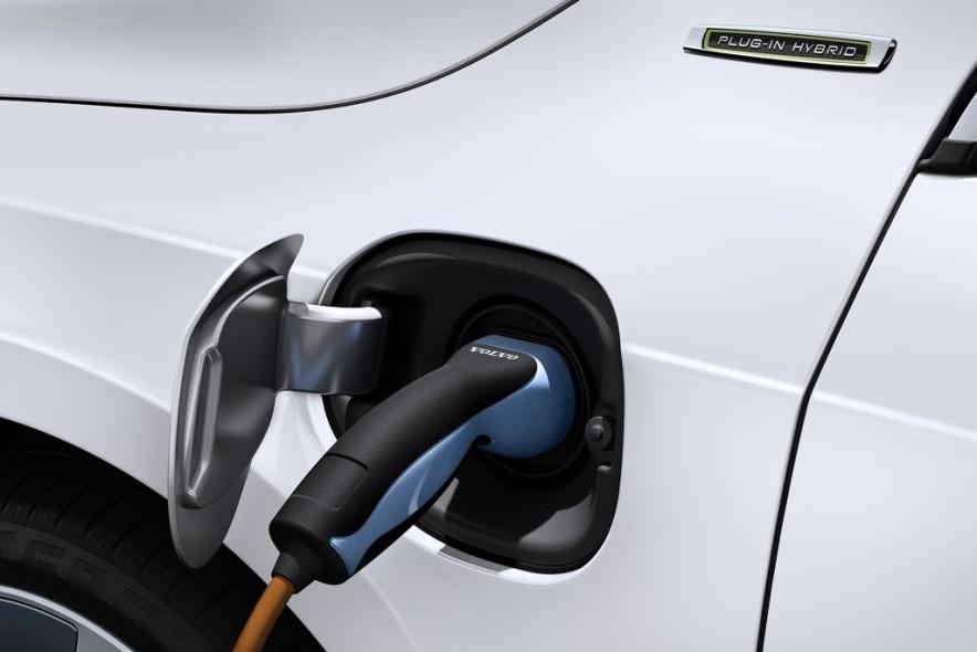 2013款 沃尔沃 V60 Plug-in Hybrid 官图 充电
