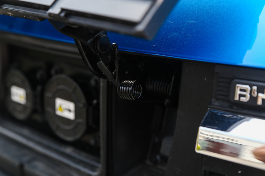 2018款 比亚迪 元 EV360 实拍 充电