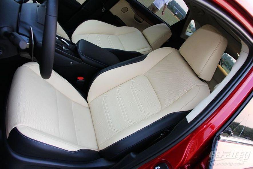 2015款 300h全驱锋芒版