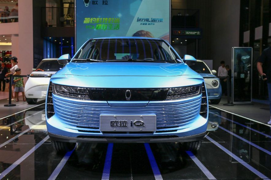 2018 欧拉 iQ 智享型 蓝色 车展 外观