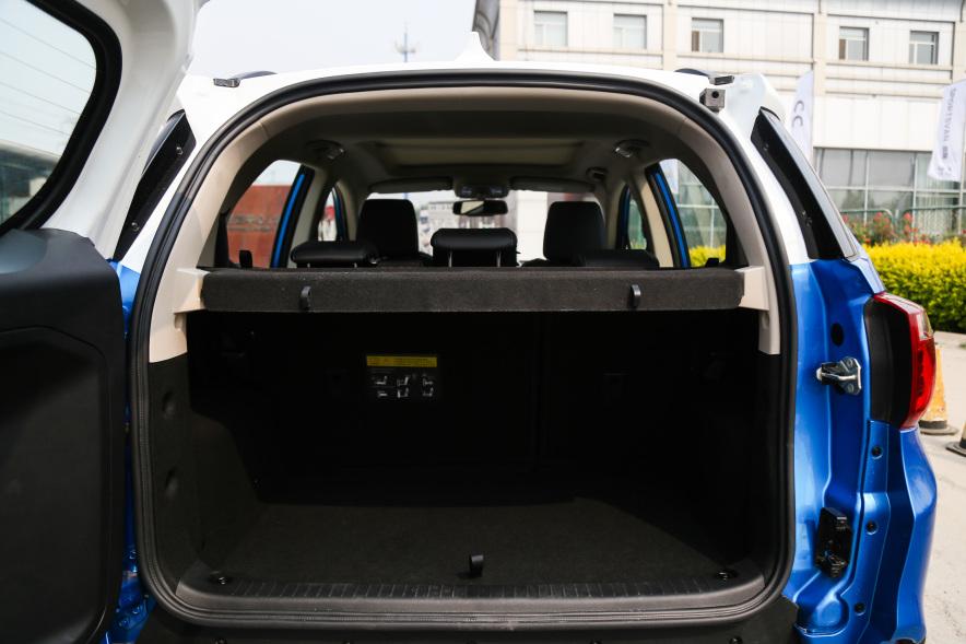 2018款 比亚迪 元 EV360 实拍 座椅空间