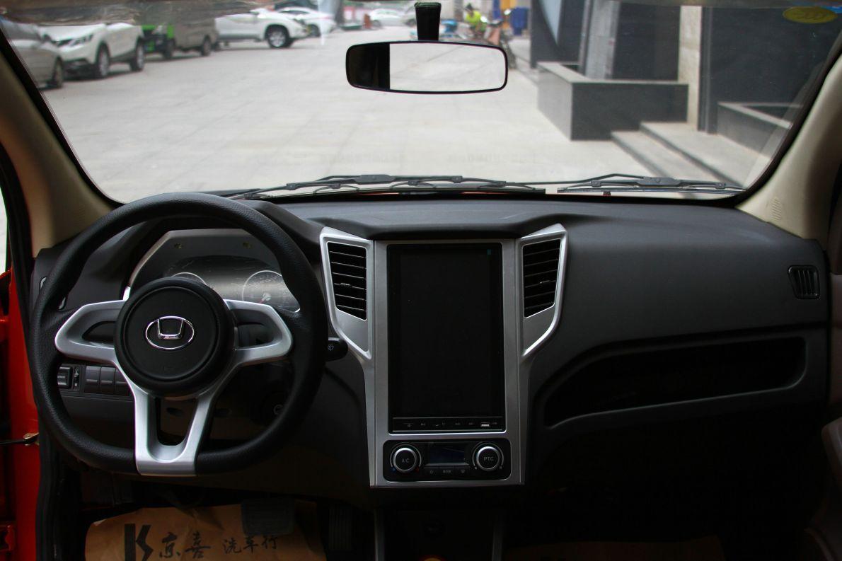 华泰 EV160R 2017款 基本型 内饰