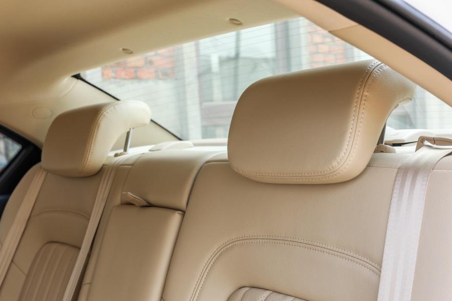 2018款 长城 C30 EV 升级版 精英型 钛白 实拍 座椅空间