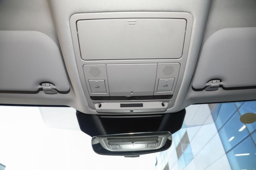 2019款 捷豹I-PACE EV400 SE 灰色