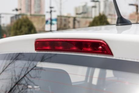 2018款 长安 奔奔 EV260 豪华型 白色 实拍 细节
