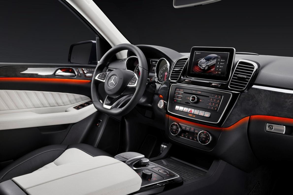 2016款 奔驰GLE 500e 官图 座椅空间
