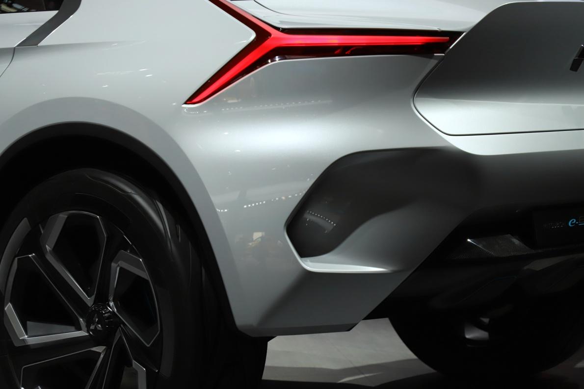 2018款 三菱 e-EVOLUTION 车展 细节