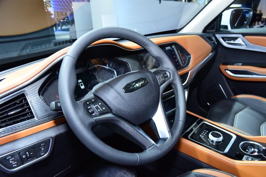 2018款 众泰 T300 EV 车展 内饰