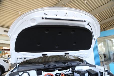 2018款 一汽奔腾 B30 EV 基本型 实拍 动力底盘