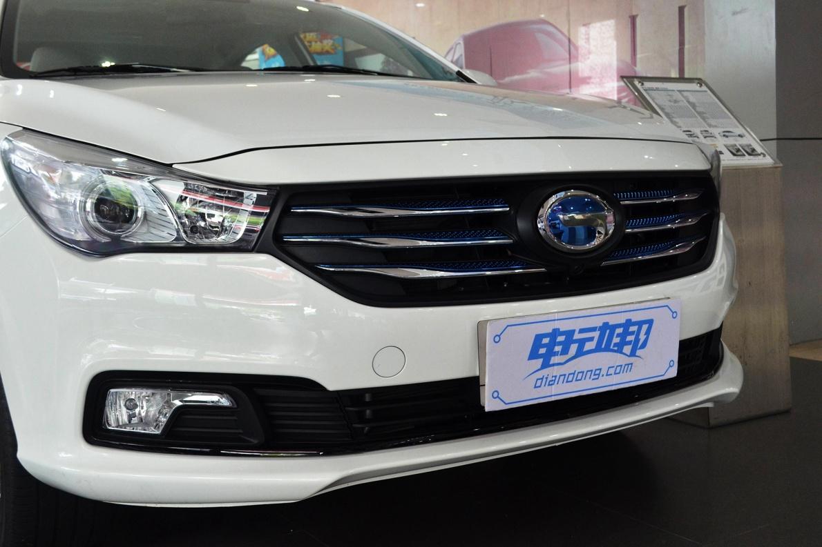 2017款 广汽传祺 GA3S 尊享版 象牙白 实拍 外观细节
