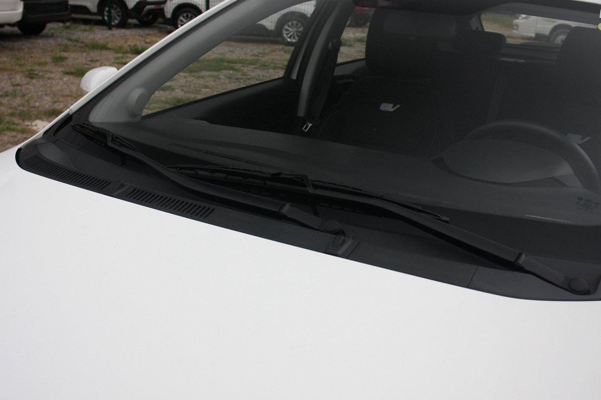2015款 中华H220 EV 外观细节 实拍