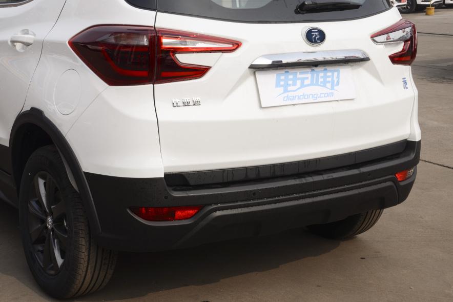 2018 比亚迪 元 EV460智联炫酷型