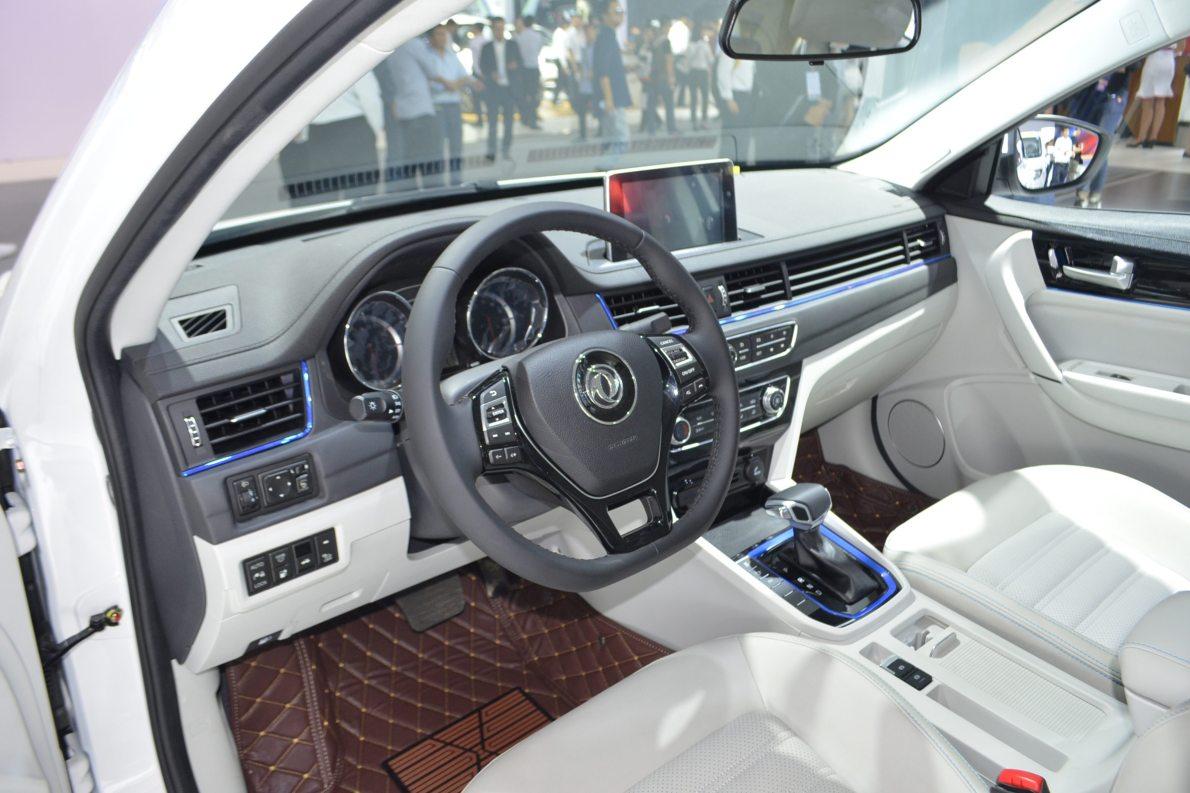 2017款 东风风行 景逸S50 EV 基本型 车展 内饰