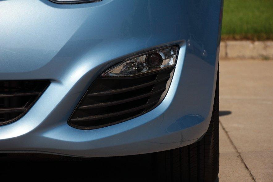 2016款 荣威e550 尊享版 天际蓝 实拍 外观细节