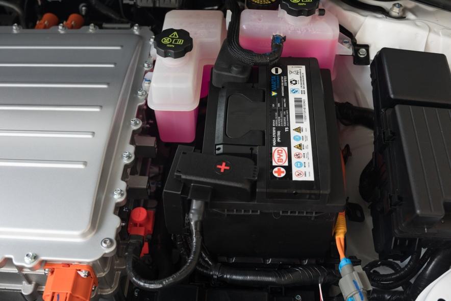 2018款 比亚迪 秦 EV450 智联尊尚型 水晶白 实拍 动力底盘