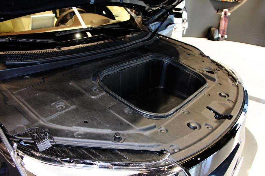 2018款 奇点汽车 iS6 基本型 实拍 动力底盘
