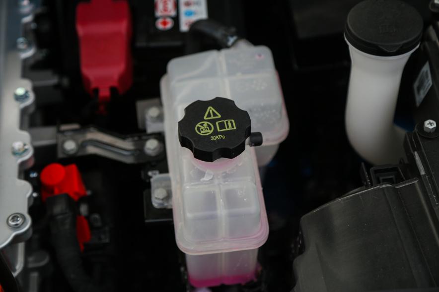 2018款 比亚迪 元 EV360 实拍 动力底盘