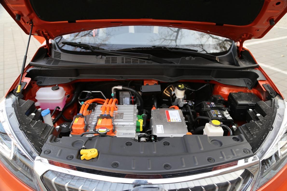 2018款 长按 CS15 EV350i 闪光炫彩橙黄 实拍 动力底盘