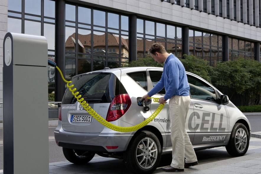 2011款 奔驰 A级 E-Cell 官图 充电