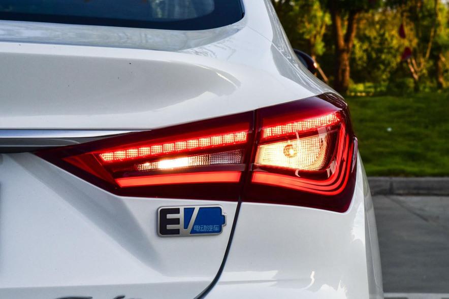2019 长安 逸动新能源 EV460 智领版