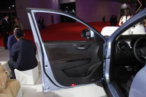 国机智骏GX5 座椅空间