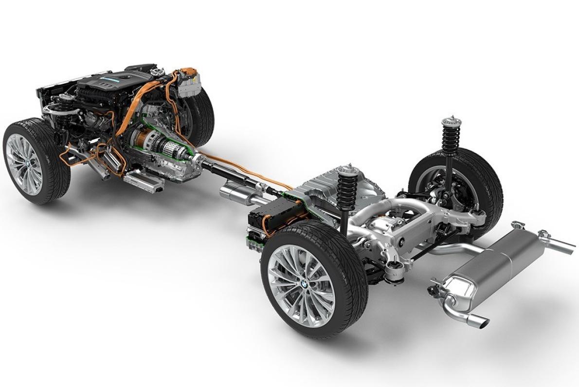 2017款 宝马5系(进口) 530e iperformance 官图 动力底盘