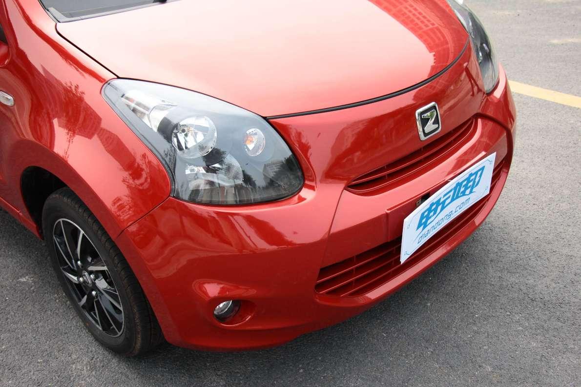2016款 众泰云100S 豪华型 凯旋红 实拍 外观细节