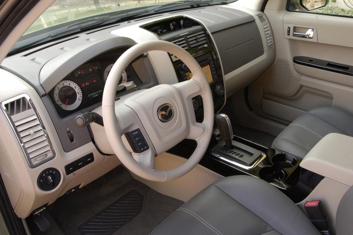 2008款 马自达 Tribute Hybrid-Electric Vehicle 官图 内饰