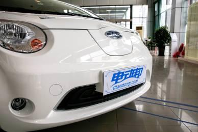 2017款 江淮 iEV6E 基本型 白色 实拍 外观细节
