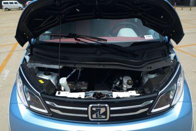 2016款 众泰E200科技版 实拍 动力底盘