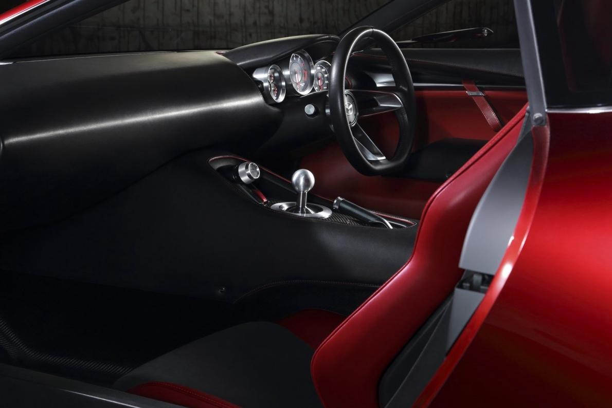 2016款 马自达RX-Vision 官图 座椅空间