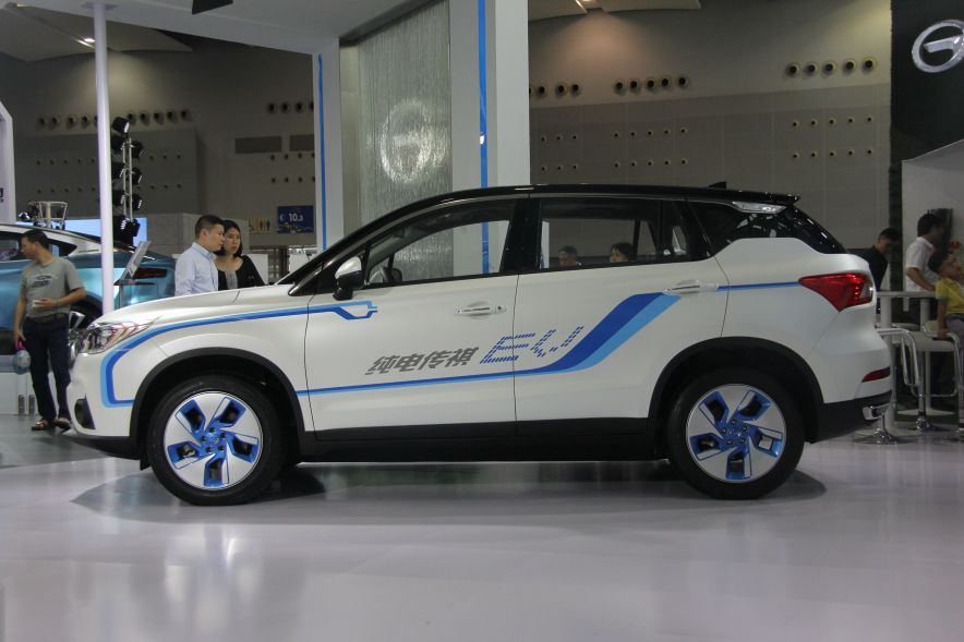 2016款 广汽传祺GS4 EV 车展实拍图 外观