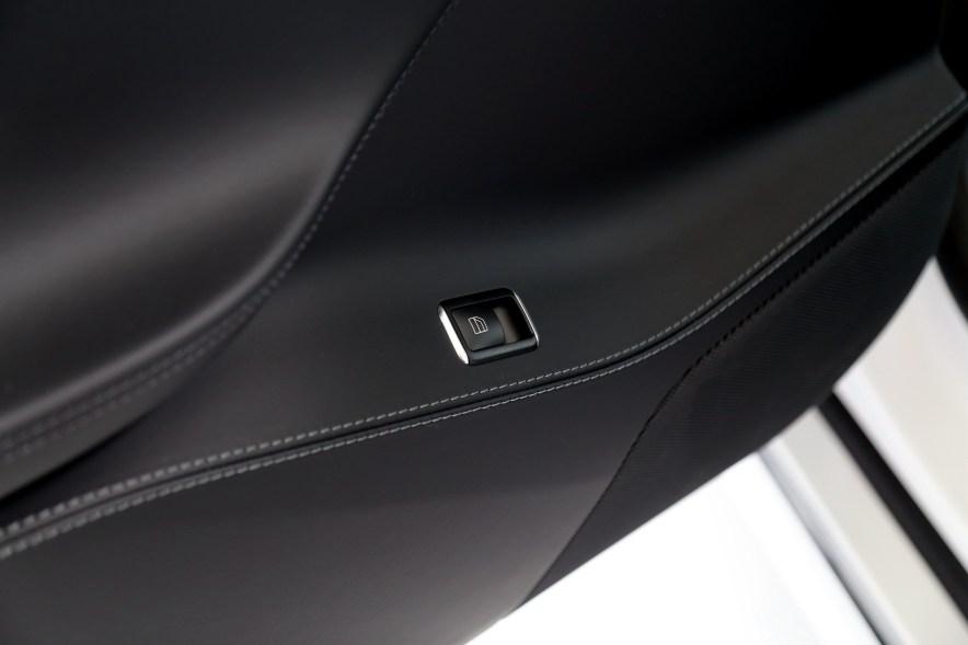 2016款 特斯拉 Model S 75D 珍珠白 实拍 内饰