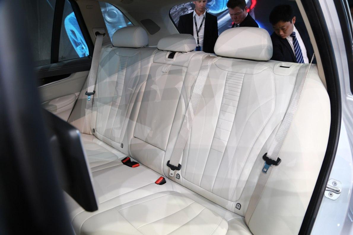 2015上海车展 实拍 宝马X5混动 座椅空间
