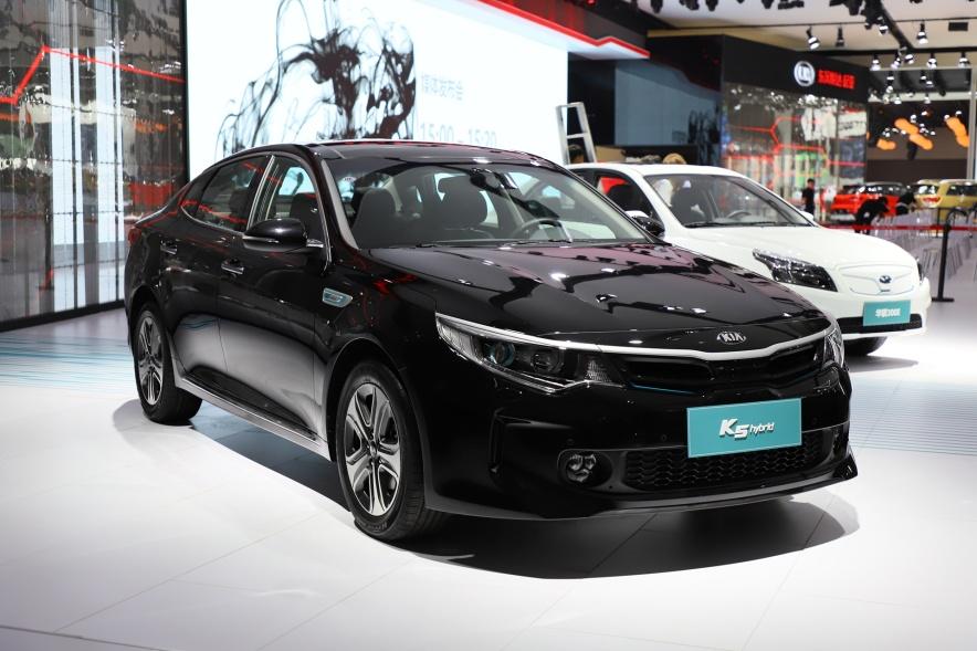 2016款 起亚 K5 2.0 GDI PRM AT 车展 外观