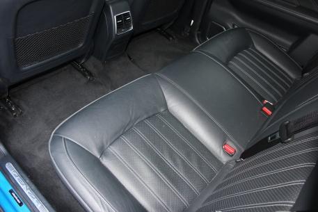 2017款 腾势 400 荣耀版 腾势蓝 实拍 座椅空间