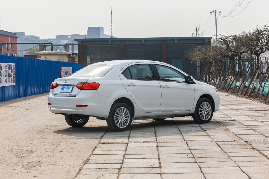 2018款 长城 C30 EV 升级版 精英型 钛白 实拍 外观